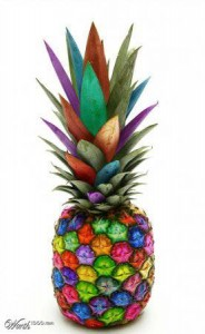 веселый ананас